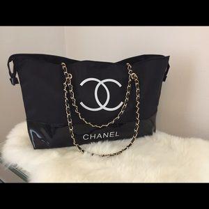 Chanel Shopping Tote/Travel Bag w Chain VIP Gift